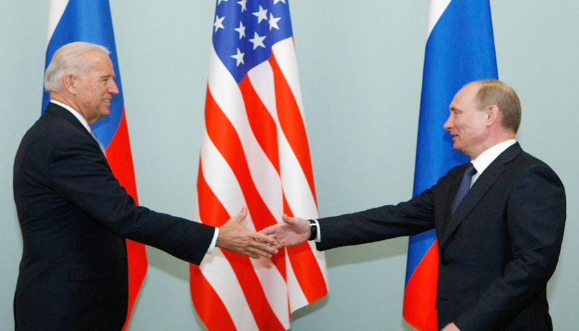 अमेरिकी राष्ट्रपति जो बाइडन र रुसी राष्ट्रपति भ्लादिमिर पुटिनबीच  भेटवार्ता हुँदै